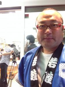 アナウンサー熊谷章洋ロケ衣装