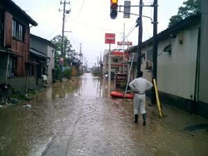 洪水現場も